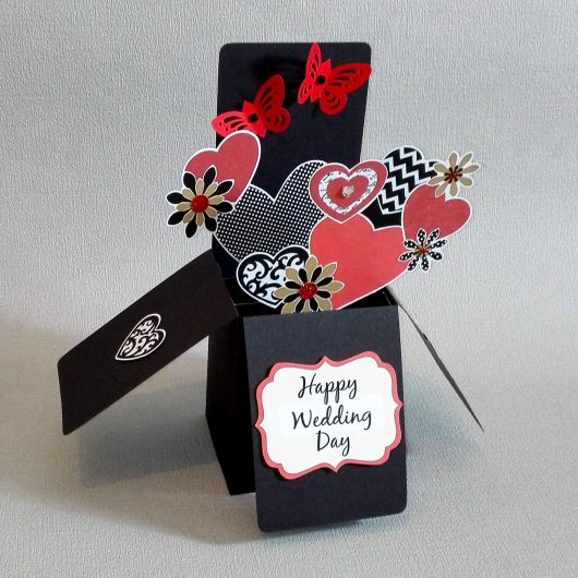 Red Flowers Pop-up Wedding Card