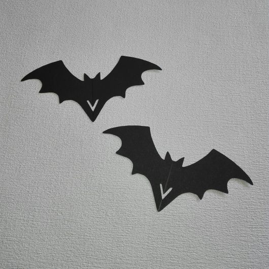 Bat Wine Glass Decorations Place Cards